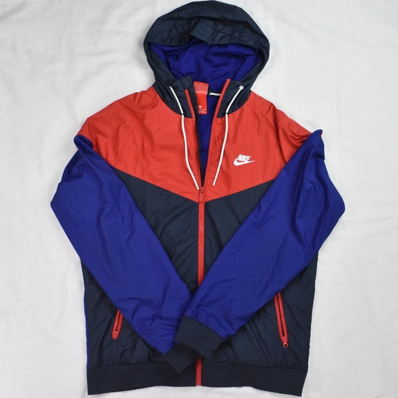 40a84b48a8 Nike Windrunner Obsidian and University Red. M 5c3011a10cb5aacd71439572